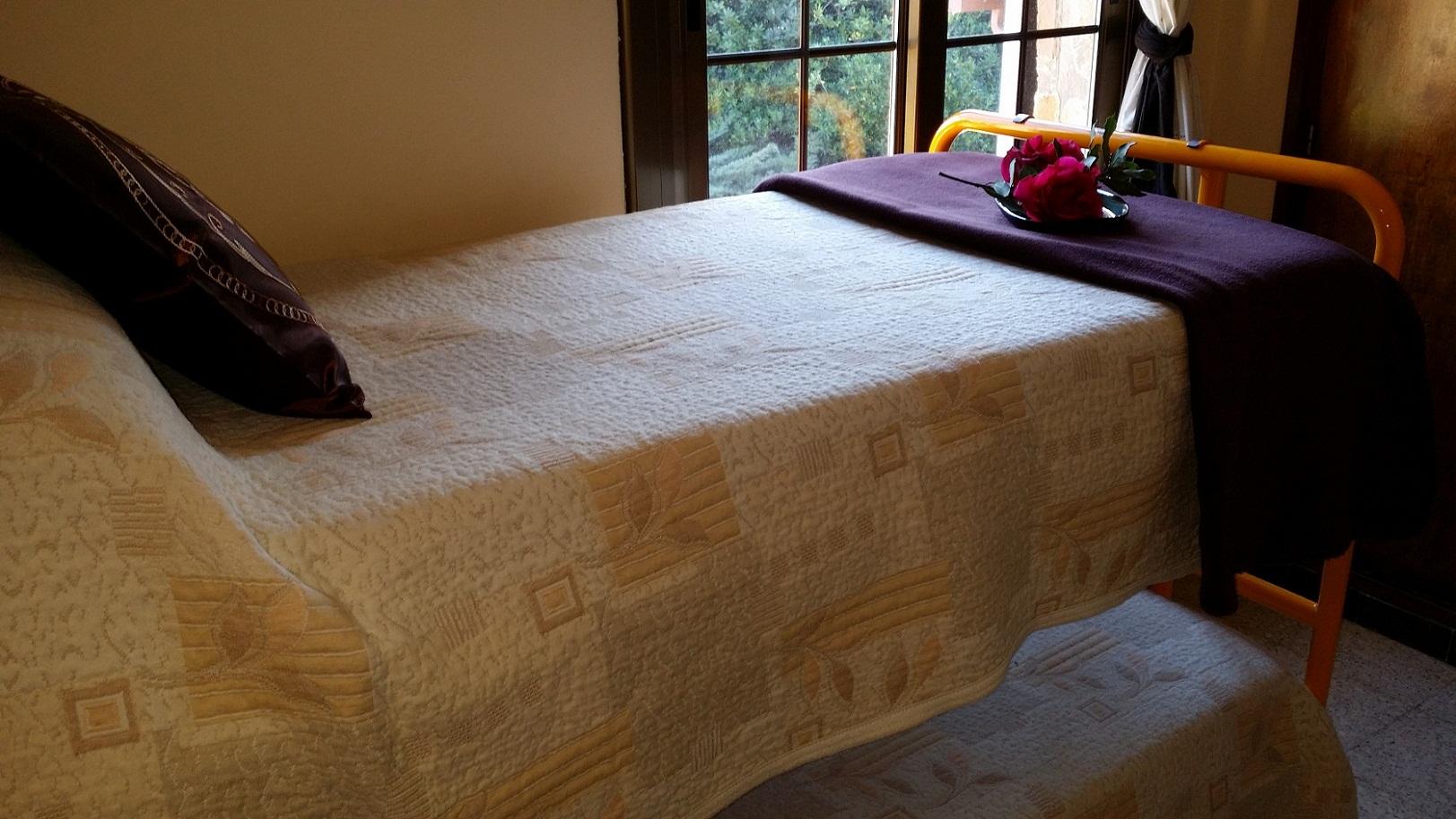 La casa del sr holgado begur - Literas de una cama ...